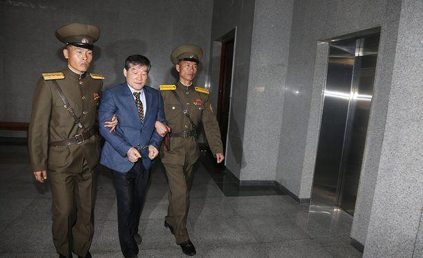 Kim Dong-chul tuomittiin vakoilusta 10 vuodeksi pakkotyöhön.