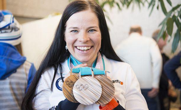 Krista Pärmäkoski saavutti viime talvena kolme olympiamitalia.