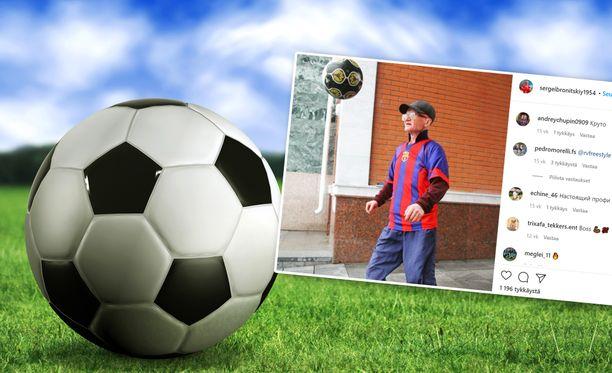 venäläinen 65-vuotias Sergei Bronitskiy taitaa pallon kanssa temppuilun.