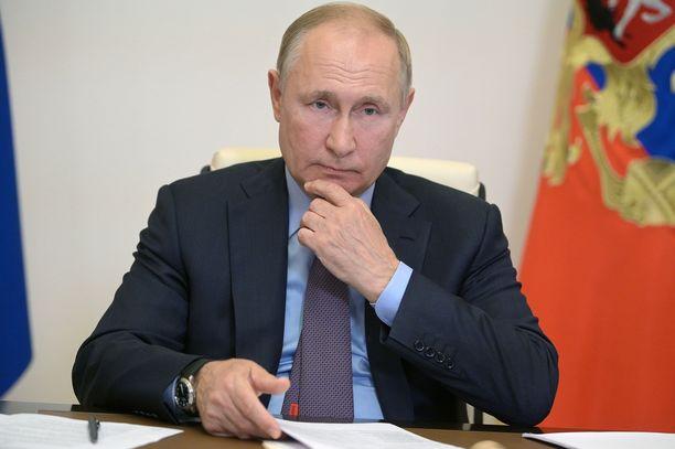 Putin ei ole toistaiseksi tarkentanut, kuinka kauan hänen karanteeninsa kestää.
