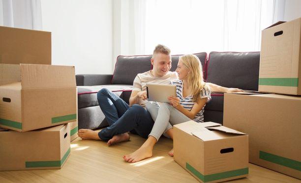 Muuttoon suunnitellut pahvilaatikot ovat kestäviä ja helppokäyttöisiä.