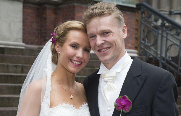 Toni ja Heidi Nieminen vihittiin syyskuussa 2015. Liitto on ollut vakavissa ongelmissa useita kertoja.