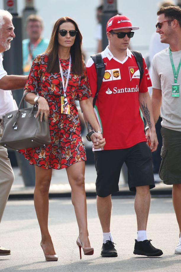 Minttu ja Kimi Räikkönen avioituivat elokuussa 2016 Italiassa. Pariskunnalla on kaksi yhteistä lasta, Robin ja Rianna.