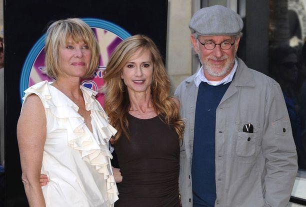 Juhlallisuuksiin osallistui ohjaaja Steven Spielberg yhdessä vaimonsa Kate Capshaw'n kanssa.