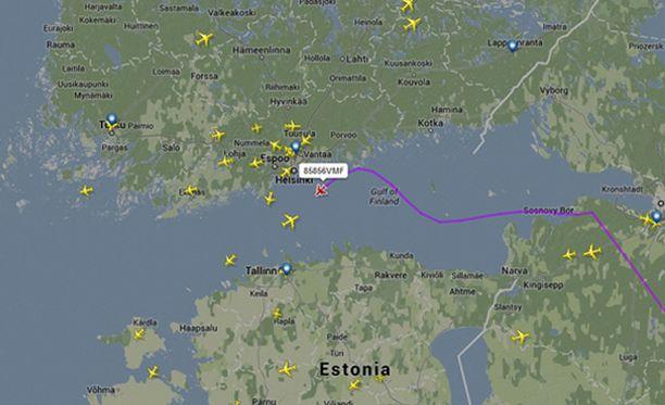 Kello kuuden aikaan Suomen aikaa viime viikon tiistaina lentokone oli lentänyt hyvin läheltä Porvoota.