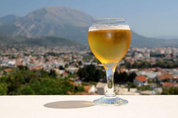 Matkailuun voi yhdistää myös makuelämyksiä paikallisten oluiden parissa.