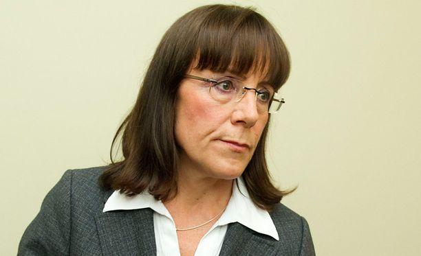 Ryhmäjohtaja Pirkko Ruohonen-Lernerin mukaan pohdintaan voi tulla jopa puolueen jäsenyydestä erottaminen.