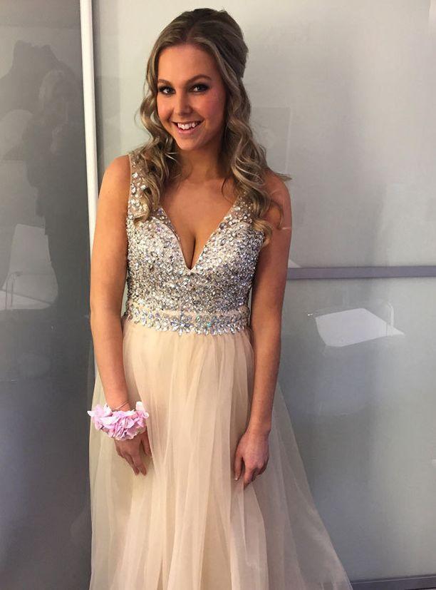 Ella-Claudia saatetaan nähdä tässä mekossa myöhemminkin.