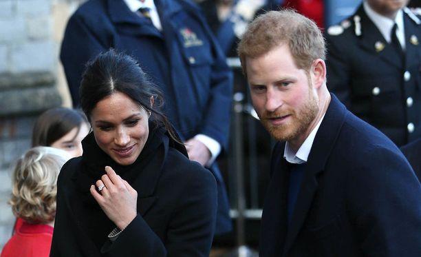 Presidentti Donald Trumpin mukaan hän ei ole tällä hetkellä tietoinen kuninkaallisesta hääkutsusta ensi toukokuulle. Kuvassa kihlapari prinssi Harry ja Meghan Markle Walesissa 18. tammikuuta.