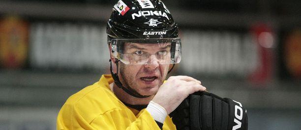 Jozef Stümpel on käynyt testaamassa kuntoaan Oulussa.