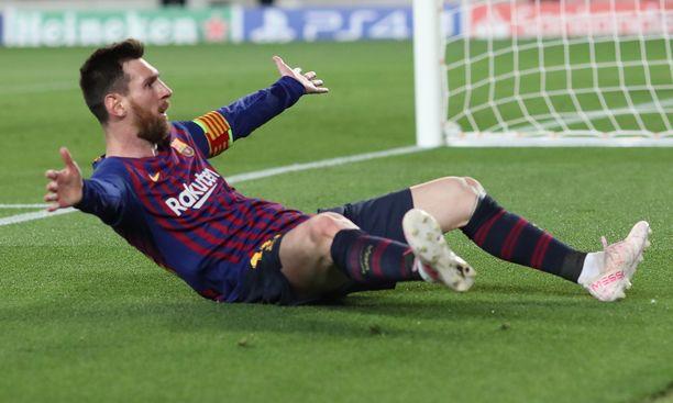 Lionel Messi kuritti Liverpoolia kahdella maalilla viime viikon avausosassa.