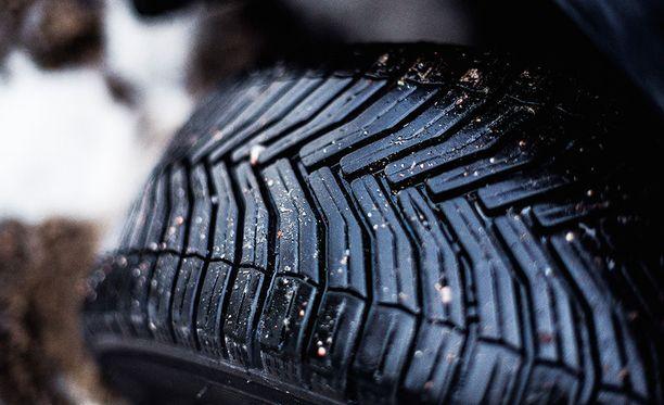 Renkaan vierintävastus ja rengaspaineet vaikuttavat merkittävästi polttoaineen kulutukseen.