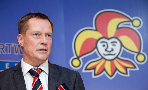 Jokerien toimitusjohtaja Jukka Kohonen pyrkii pitämään mahdollisen kotiedun Jokereilla.
