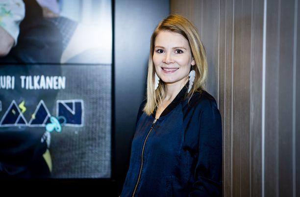 Pamela Tola vie Ruotsiin suomalaisen elokuvan ilosanomaa.