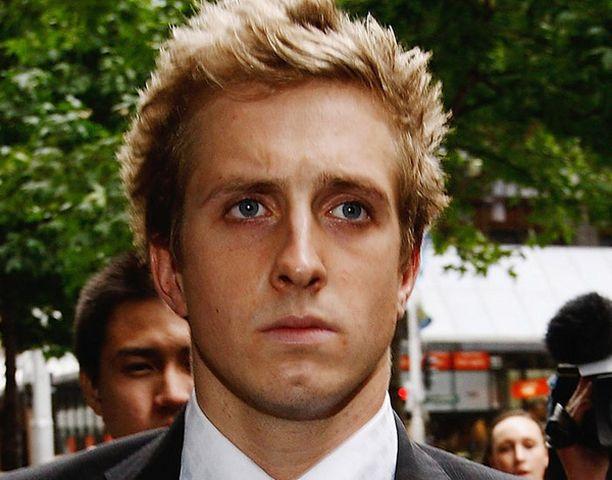 Nicholas D'arcy erotettiin Australian uintimaajoukkueesta.