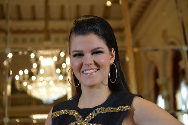 Saara Aalto on tunnettu laulaja ja ääninäyttelijä.