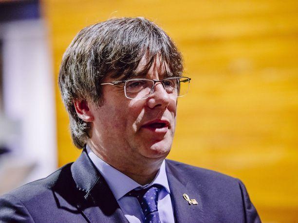 Katalonian entinen johtaja, nykyinen europarlamentaarikko Carles Puigdemont on pidätetty Italiassa.