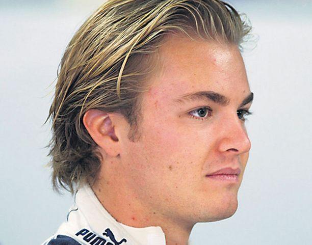 Nico Rosberg on siirtohuhujen keskipisteessä.