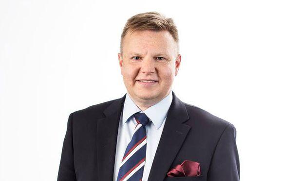 Harri Nummela on Jääkiekkoliiton uusi puheenjohtaja.