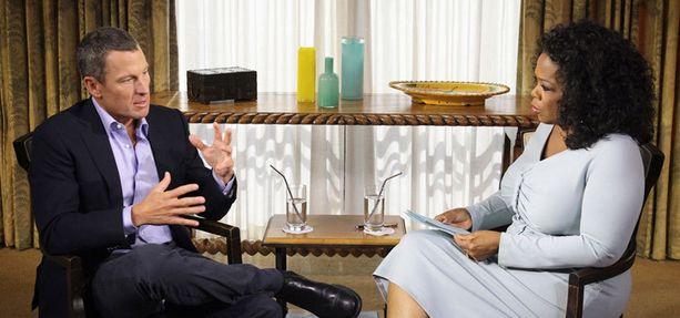 Lance Armstrong tunnusti ensimmäistä kertaa käyttäneensä dopingia Oprahille.