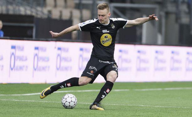 Rasmus Karjalaisen huikea alkukausi palkittiin maajoukkuekutsulla.