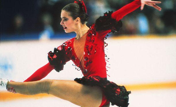 Katarina Witt voitti toisen olympiakultansa Calgaryn kisoissa 1988.