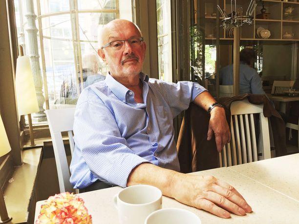 Stefan Widomski keskiviikkona 23. toukokuuta ravintola Kappelissa Helsingissä.