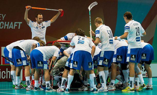 Suomi kohtaa tänään MM-välierässä Sveitsin klo 17.30 alkaen.