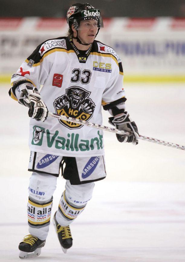 Petteri Nummelin on nakuttanut 37 pelissä 54 pinnaa.