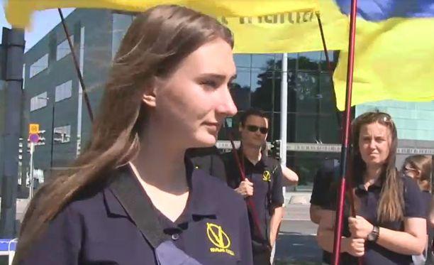 Free people -organisaation edustaja Olga Sydii toivo Ukrainalle tukea Euroopan unionilta ja Yhdysvalloilta.