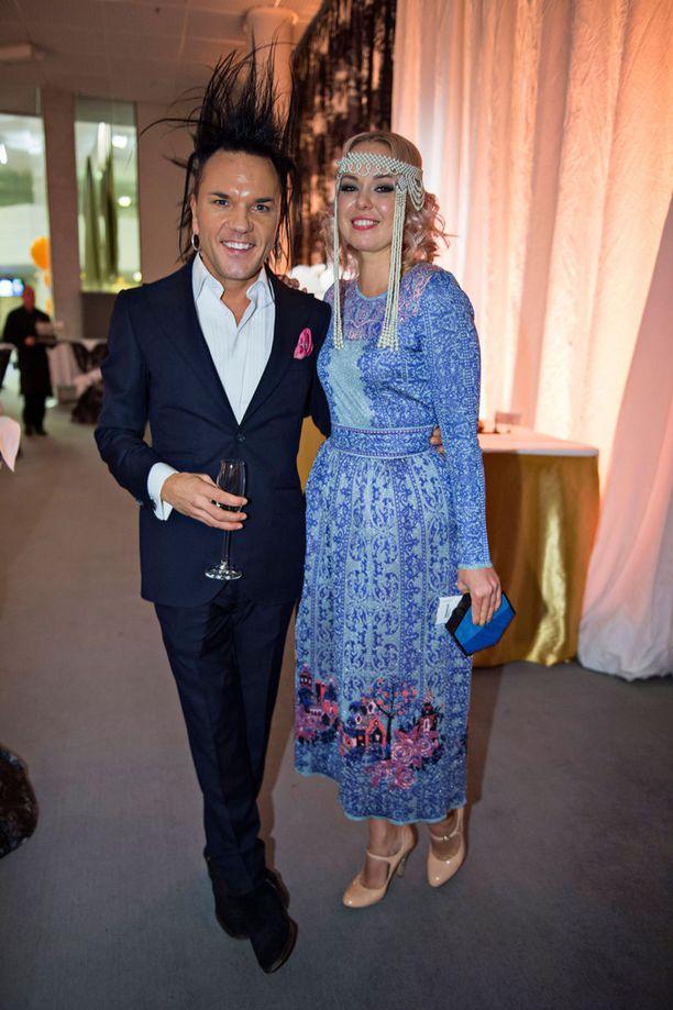 Jussi69 seurustelee nykyisin kenkäsuunnittelija Minna Parikan kanssa.