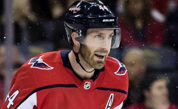 Brooks Orpik pelasi pahasti loukkaantuneena NHL:n finaaleissa.
