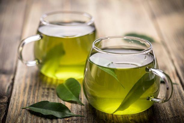 Vihreässä teessä on paljon flavonoideja.