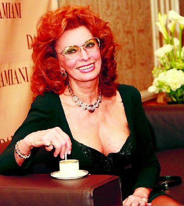 Ikä ei estänyt Sophia Lorenia voittamasta äänestystä.