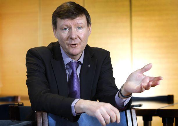 Kunnanjohtaja Mikael Grannas arkistokuvassa.