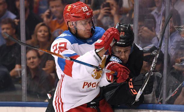 Venäjän Nikita Zaitsev toi lisää fyysisyyttä joukkueensa peliin.