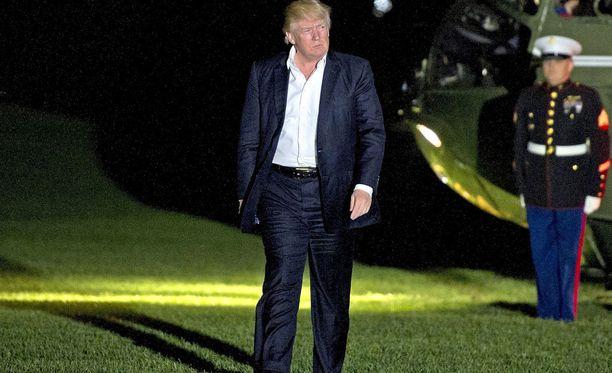 Trump aikoo lomallaan ilmeisesti ainakin golfata.