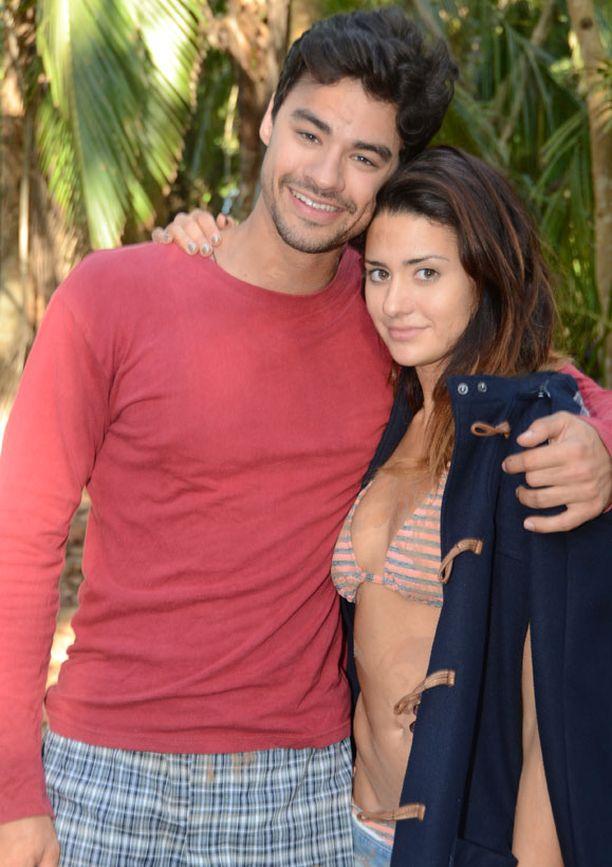 Leffassa on mukana myös Krisin 21-vuotias pikkusisko Bianca Bree.