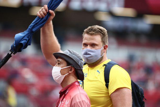 Daniel Ståhl nakkasi kiekonheiton karsinnassa Tokiossa perjantaina 66,12.