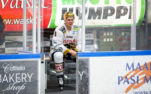 """Jesse Puljujärvi kommentoi päähän kohdistuneesta taklauksesta saamaansa rangaistusta: """"Se oli vähän ohoh-tilanne"""""""