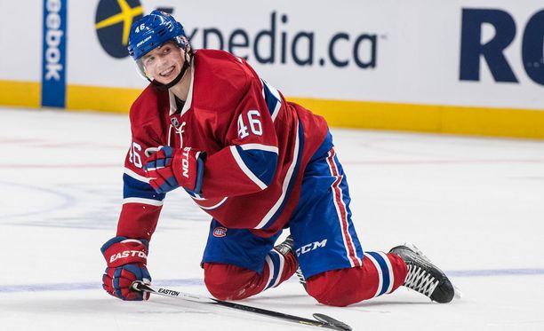 Artturi Lehkonen saa heti aloittaa NHL:n puolella.