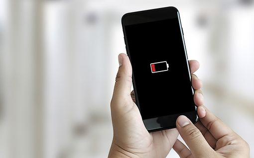 5 akkumyyttiä selvitettiin – heikennätkö tietämättäsi puhelimesi akkua?