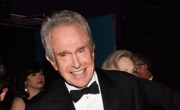 Warren Beattyn hymy ei vaikuttanut kovin aidolta näyttelijän emämunauksen jälkeen.