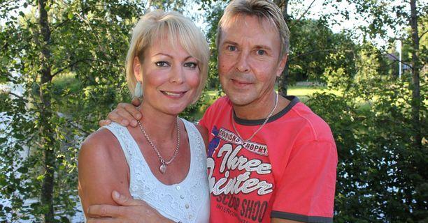 Matti Nykänen ja Susanna Ruotsalainen olivat liikkeellä iloisella mielellä.