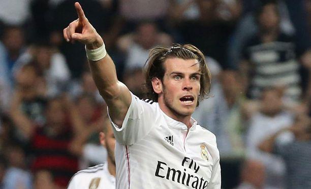 Gareth Bale on kyllästynyt ravaamaan oikealla laidalla.