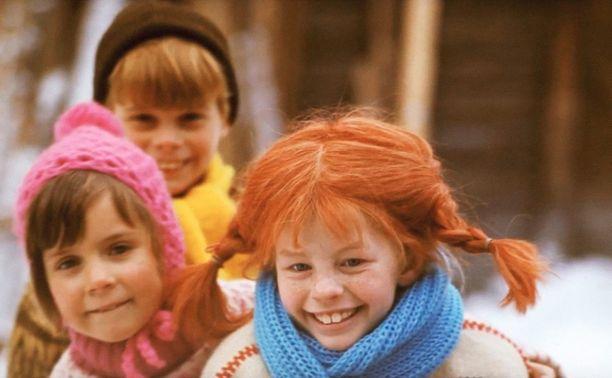 Tälläisena Peppi Pitkätossu nähtiin 60-70-luvulla tehdyssä televisiosarjassa. Lettipäistä Peppiä näytteli Inger Nilsson, Annika-ystävää Maria Persson ja Tommi-ystävää Pär Sundberg.