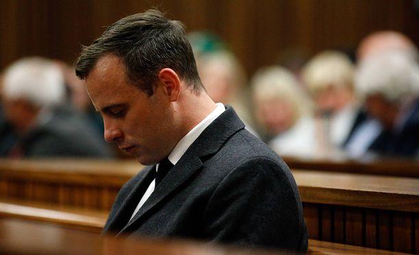 Murhatuomiota istuva Oscar Pistorius sai ruhjevammoja vankilatappelussa.