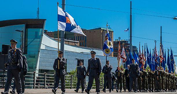 Puolustusvoimien perinteistä itsenäisyyspäivän paraatia ei järjestetä tänä vuonna koronaviruksen vuoksi.