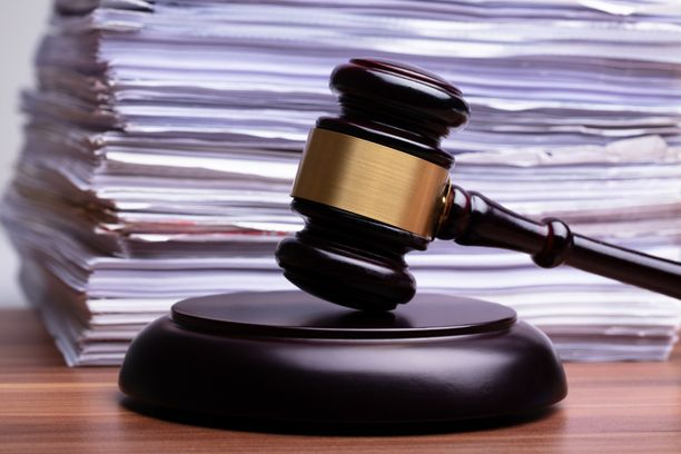 Tuomiotiedot ovat jääneet lähettämättä käräjäoikeuksista eteenpäin Rikosseuraamuslaitokselle ja Oikeusrekisterikeskukselle.