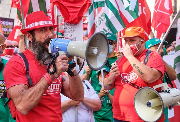 Euroopassa koronasta pahiten kärsinyt Italia saa noin 81 miljardia euroa suorana tukena ja 127 miljardia euroa lainoina EU:n elpymisrahastosta.